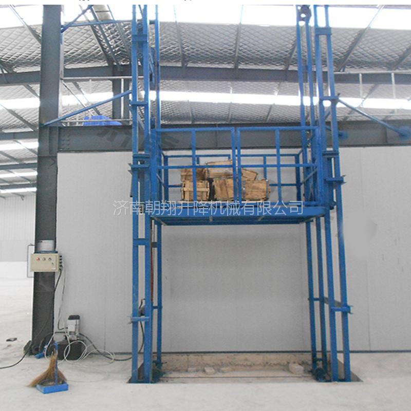 厂家定做升降货梯,2吨3吨导轨升降机,潍坊电动升降机朝翔制造