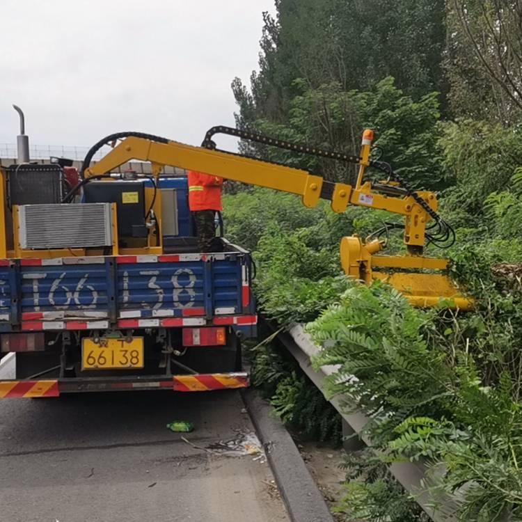 鸿信重工高速公路绿篱机车载式绿篱修剪机园林绿化带修剪车