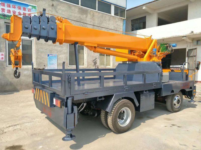 5吨自备吊 苗木行业专用小型自制吊车带平板可运输一车多用