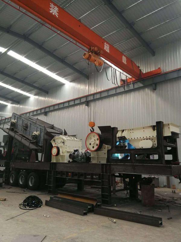 时产100吨移动制砂机客户生产现场-郑州恒冉机械
