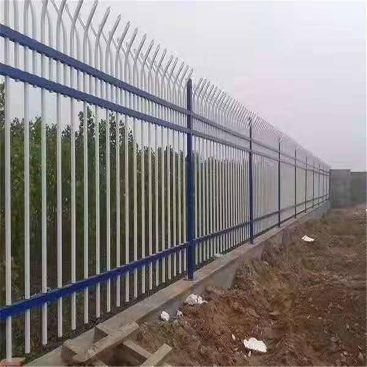 欣展锌钢护栏生产厂家