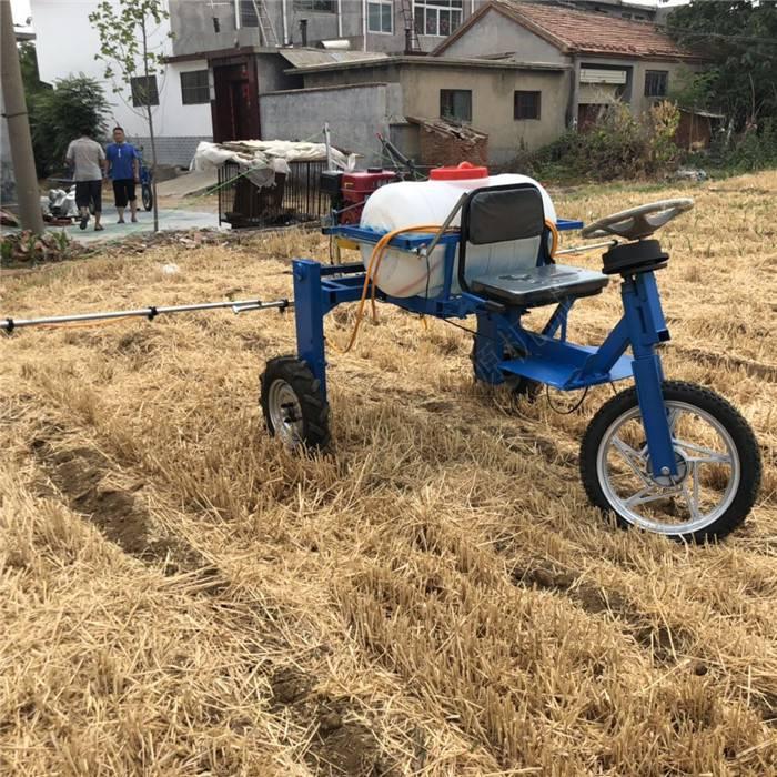 自走式玉米小麦打药机 座驾方向盘打药机 宽幅打药机厂家
