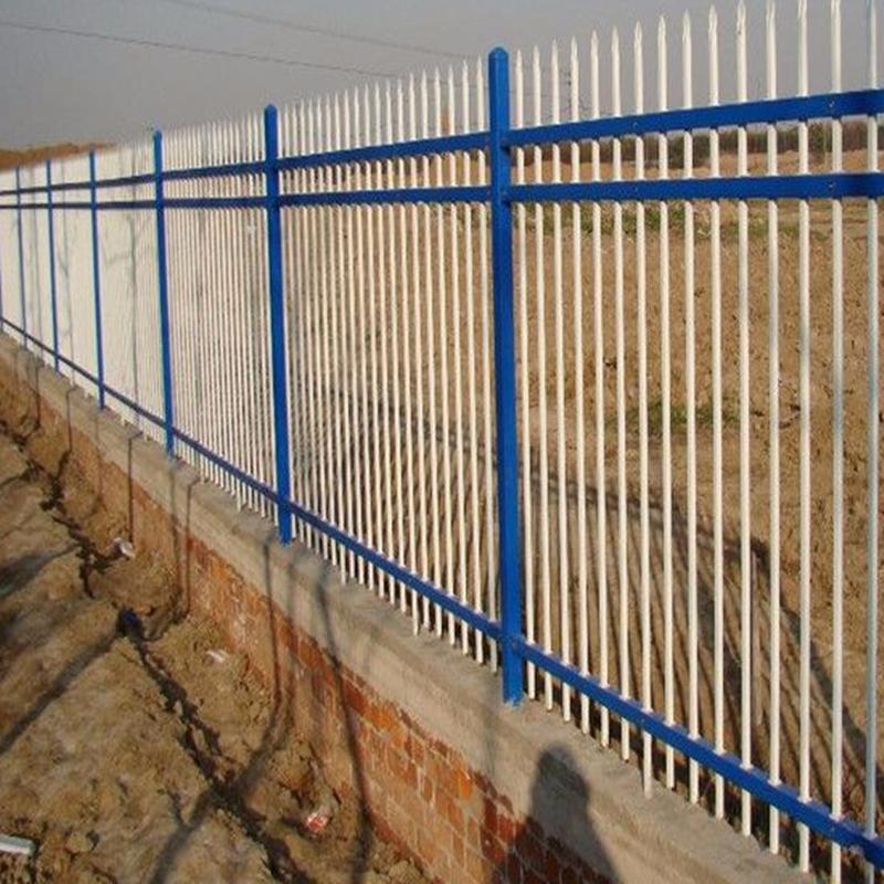 热点新闻围墙铁栅栏厂家 工地小区厂区锌钢围墙铁栏杆