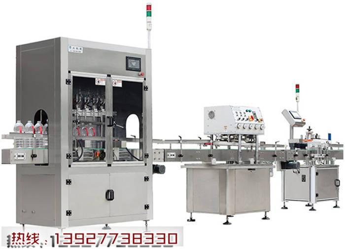 全自动白酒灌装机打造中国灌装机发展新模式