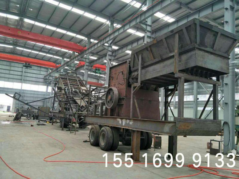 移动随意的移动石子机 高产量流动式碎石机价格怎么样?