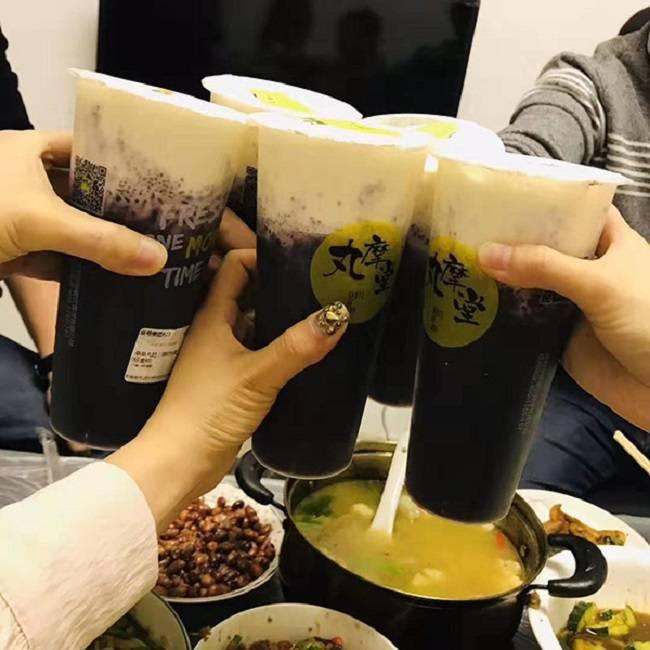 丸摩堂加盟——奶茶的做法
