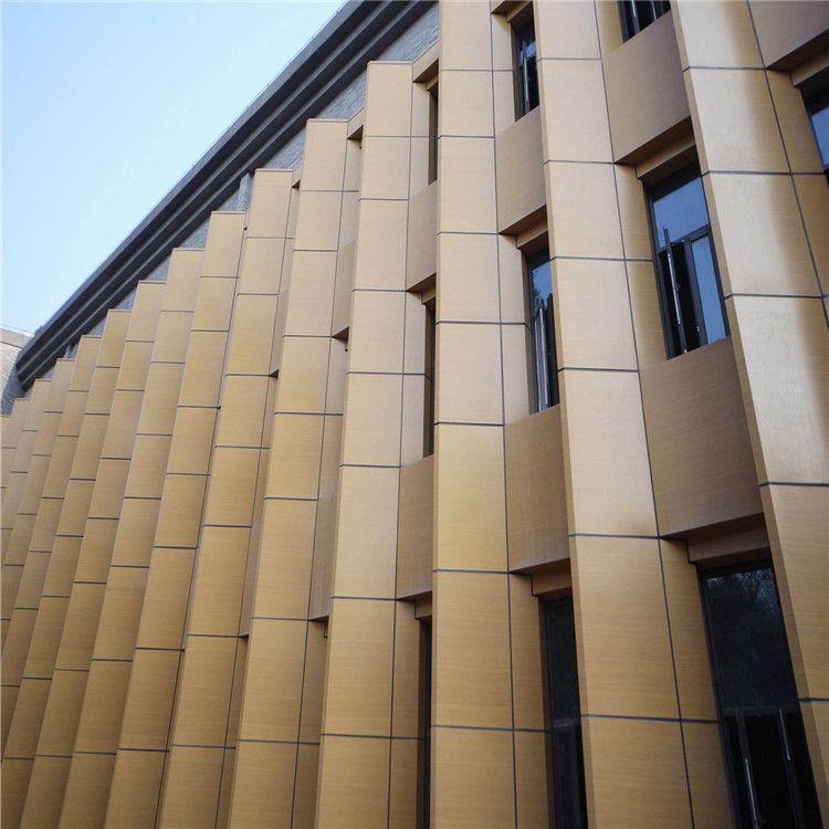 铝单板厂家_幕墙铝单板_焊接_打磨_抛光_铝单板厂家生产车间