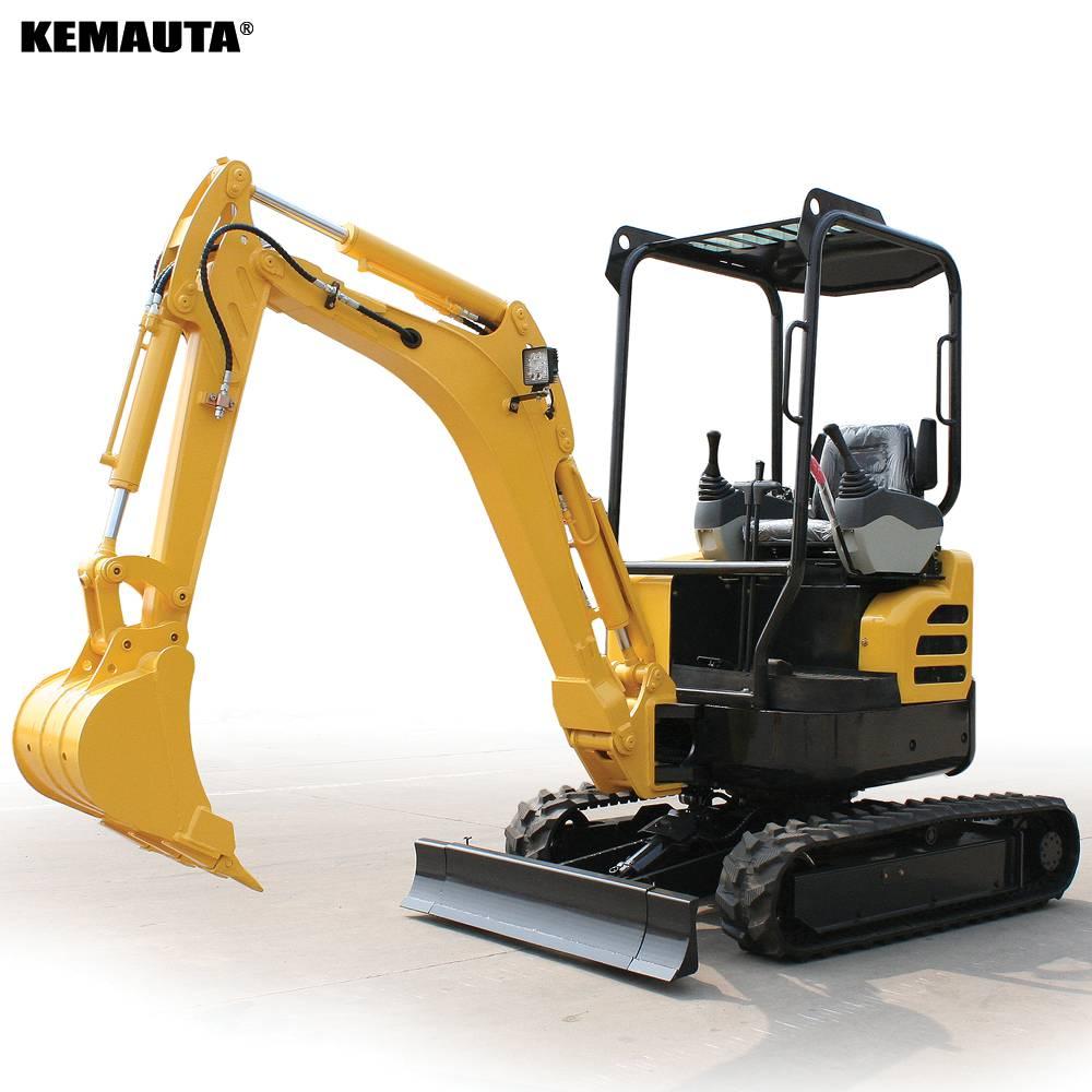 客戶來廠試駕克瑪達KM20U小挖機