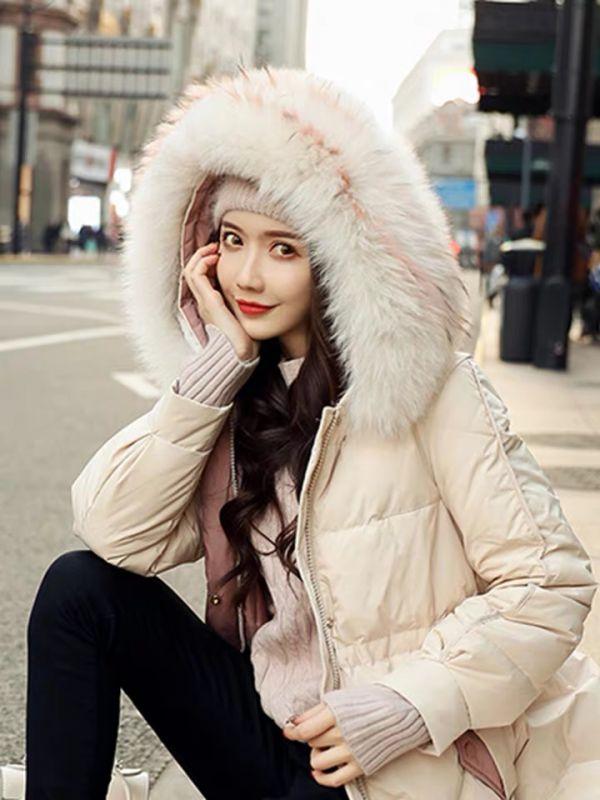 天津服装批发市场2019秋冬季新款韩版直筒宽松白色大毛领加厚