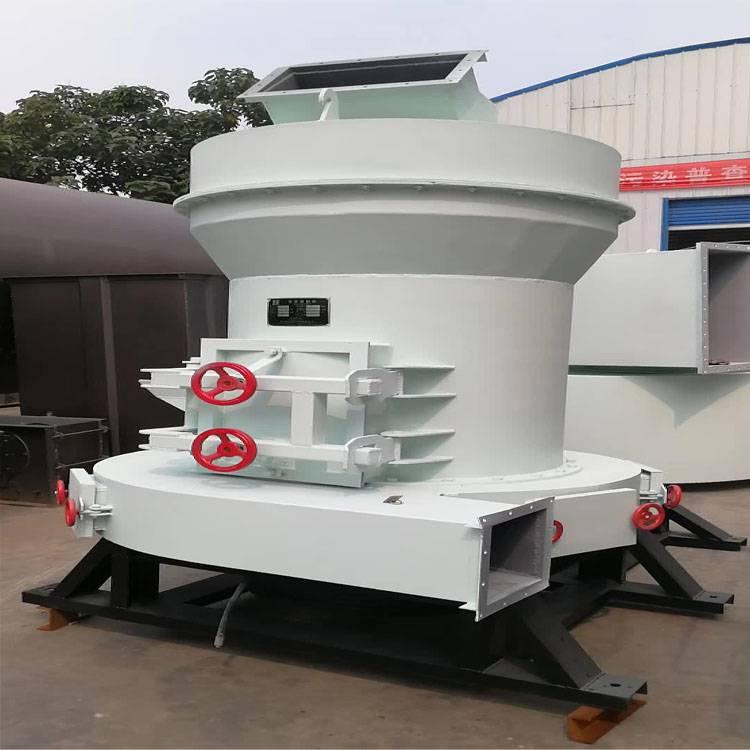雷蒙磨粉机   磨粉机生产车间