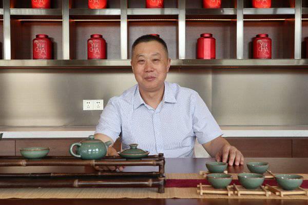东呈国际贵州加盟商王望春:超标准打造酒店的非典型投资人
