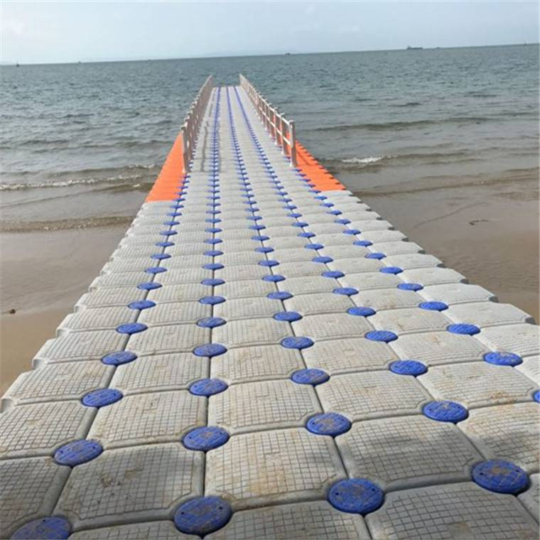 柏泰海边用抗风浪码头浮箱