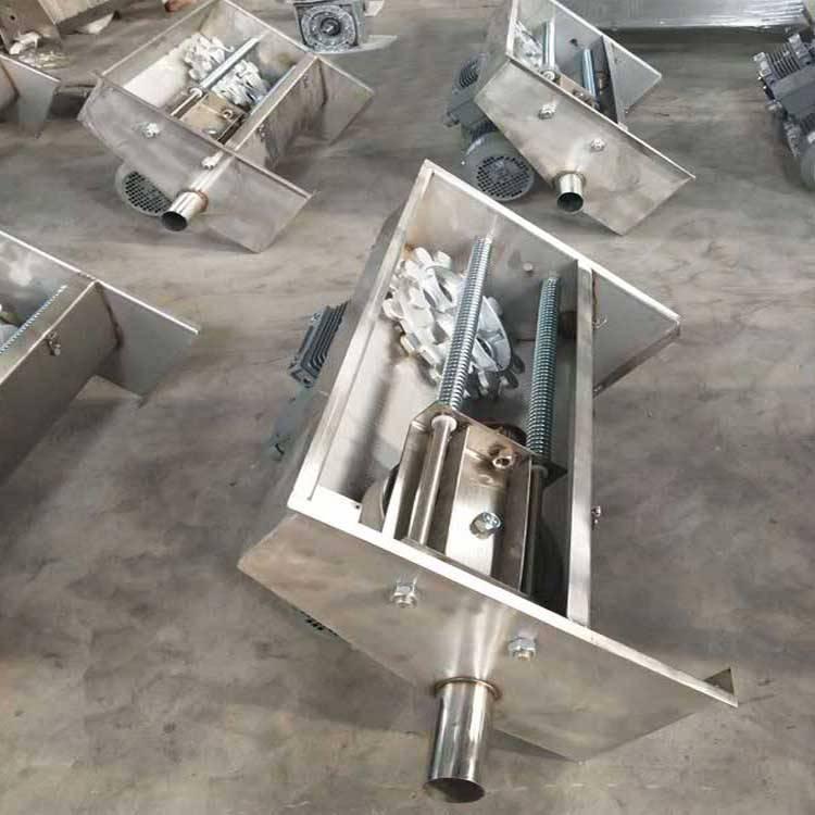 自动猪粪清理设备 不锈钢清粪机 刮粪机 育肥猪料线