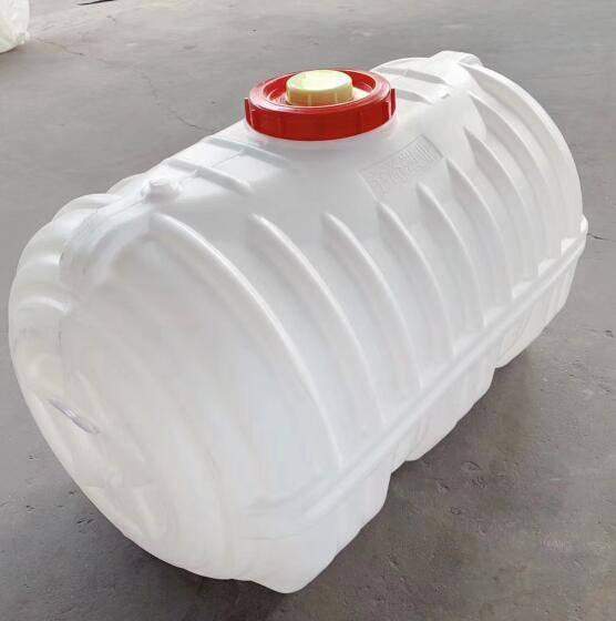 加厚800L卧式储水桶、河北 鸡泽食品级800公斤水箱优惠价格