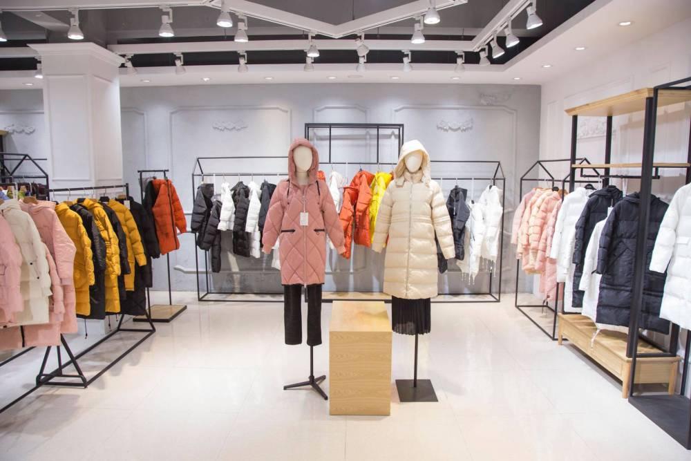 热卖高端女装品牌折扣货源原创设计师品牌淘宝直播货源零库存女装