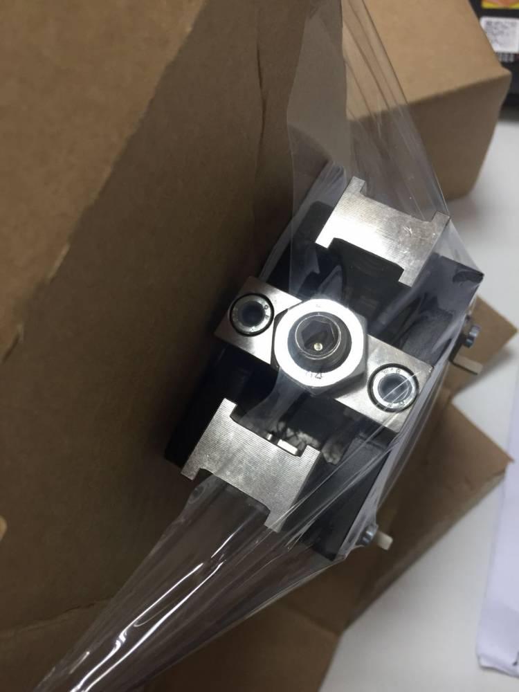 新型铸铁材质机械夹爪德国进口打桩机用机械夹爪Sommer机械