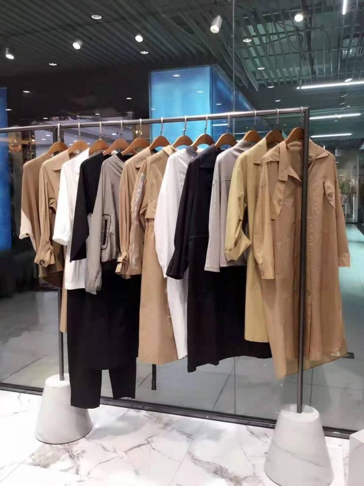 广州十三行服装批发市场 品牌女装批发加盟 羊绒大衣女秋冬装
