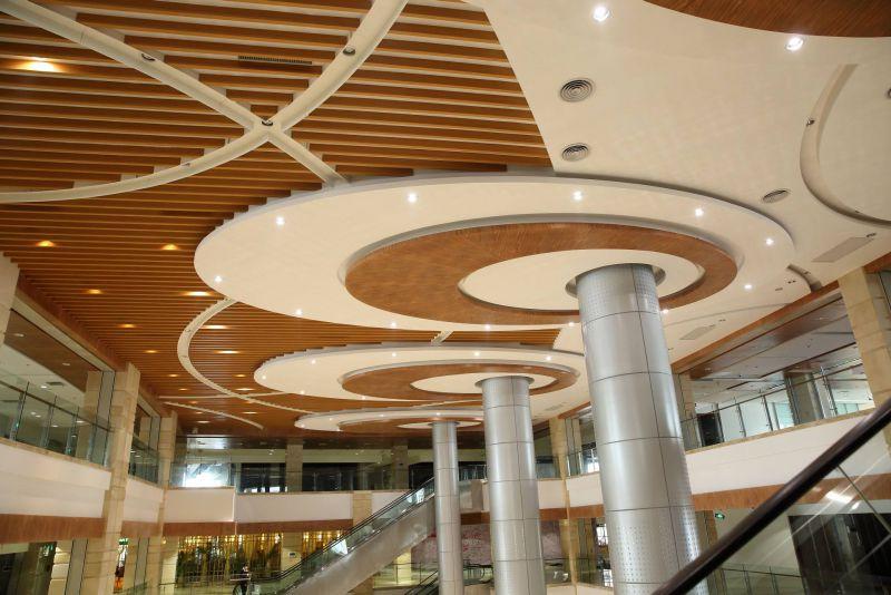新疆木纹铝方通-新疆U型木纹铝方通厂家-新疆木纹造型铝方通