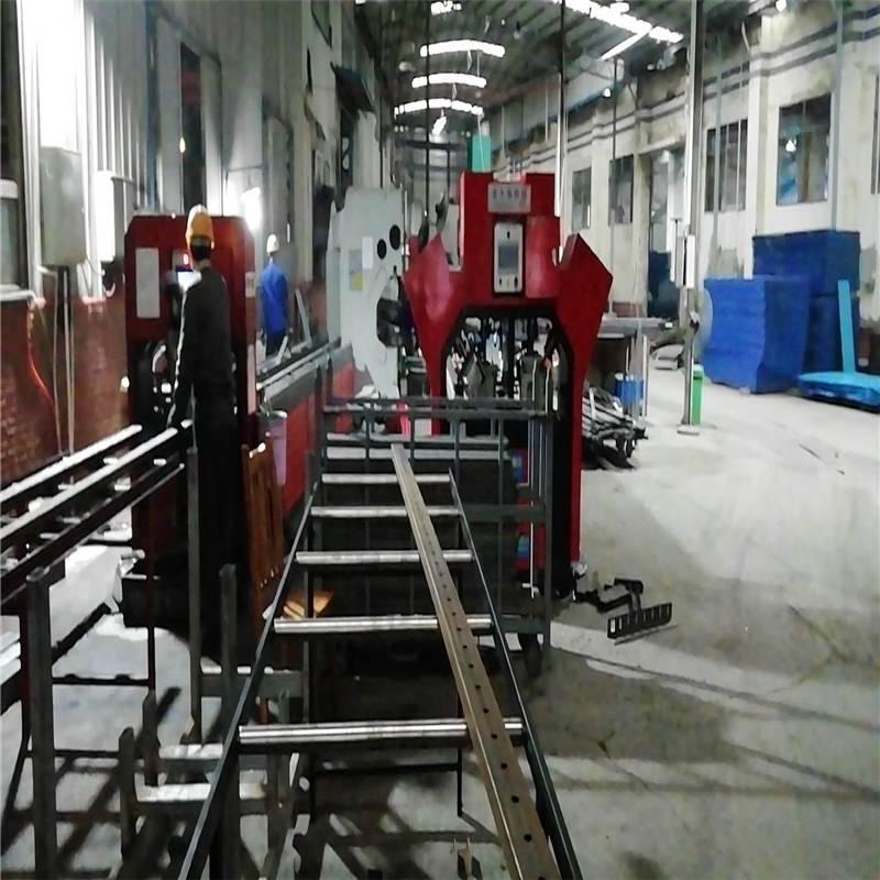 开封爬架冲孔机厂 爬梯自动冲床图片