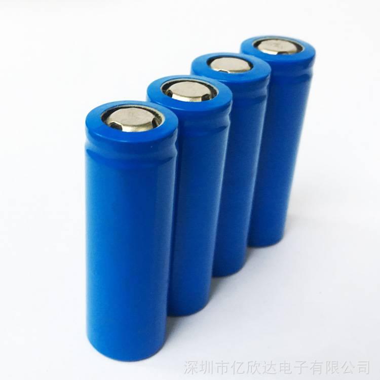 厂家批发18500圆柱锂电池 1900mAh高容量锂电池7号3.7v电池