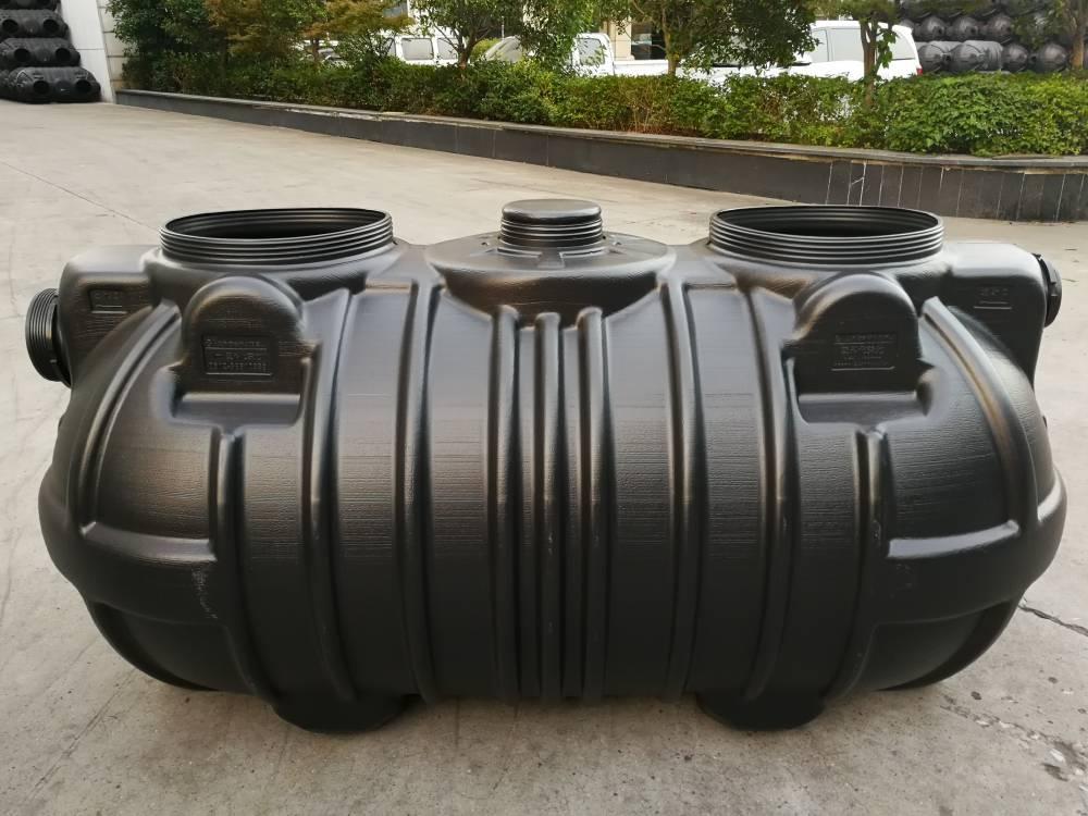 供应三格式PE成品化粪池1立方加厚承压型通全球知名品牌