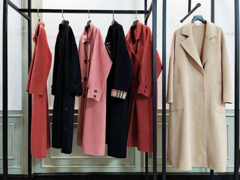 广州专柜***女装剪标 折扣女装加盟 沙河益民服装城 欧美大码女装大衣