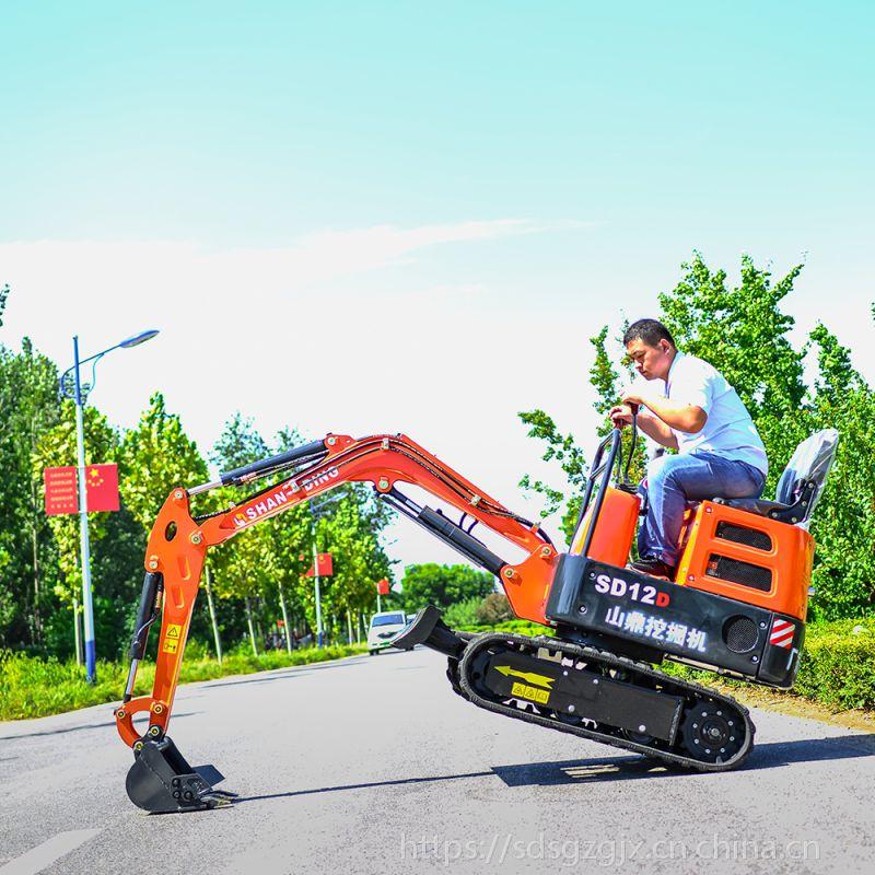 农作物施工的威尼斯官网 威尼斯网址价格 小挖机