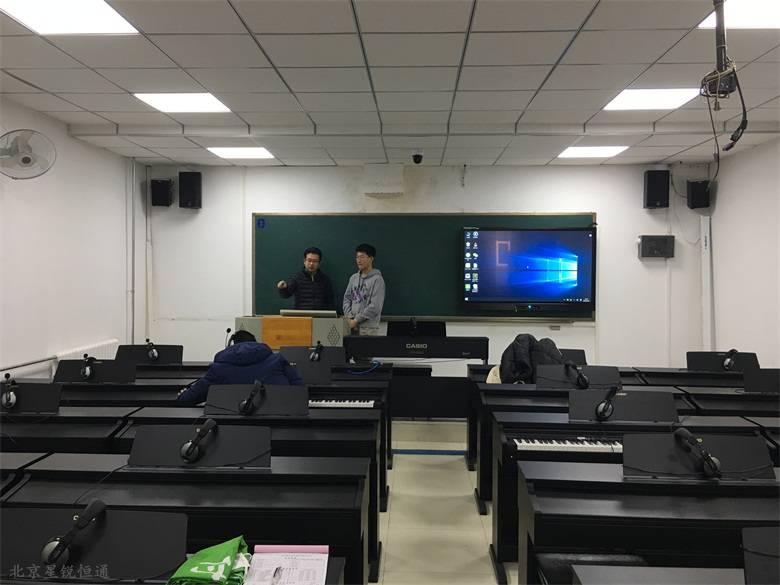 电钢琴集体课教学智能互动黑板