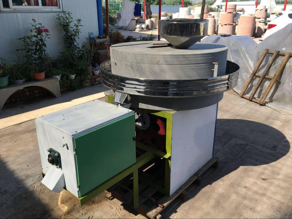 电动面粉石磨机  小型新型面粉石磨机