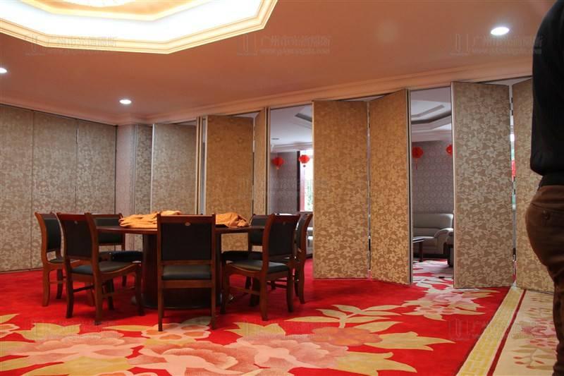 活动隔断材质优势及在酒店隔音功能的运用