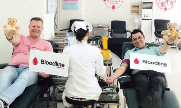 """""""Bloodline""""成员们一同为爱加入无偿献血"""