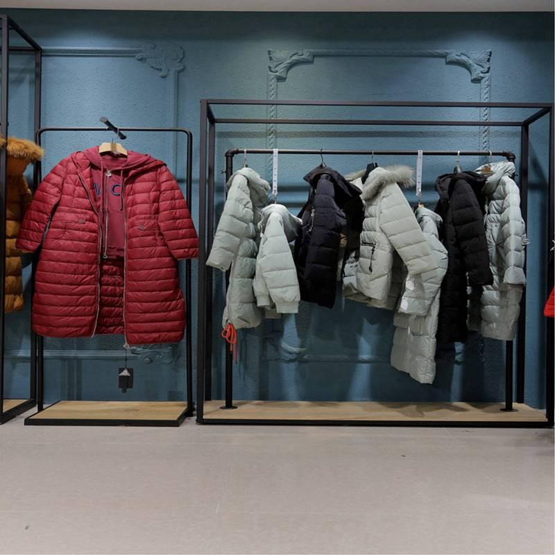 未知未觉冬装 中年冬季女装新款短款 回颜品牌女装折扣店 服装