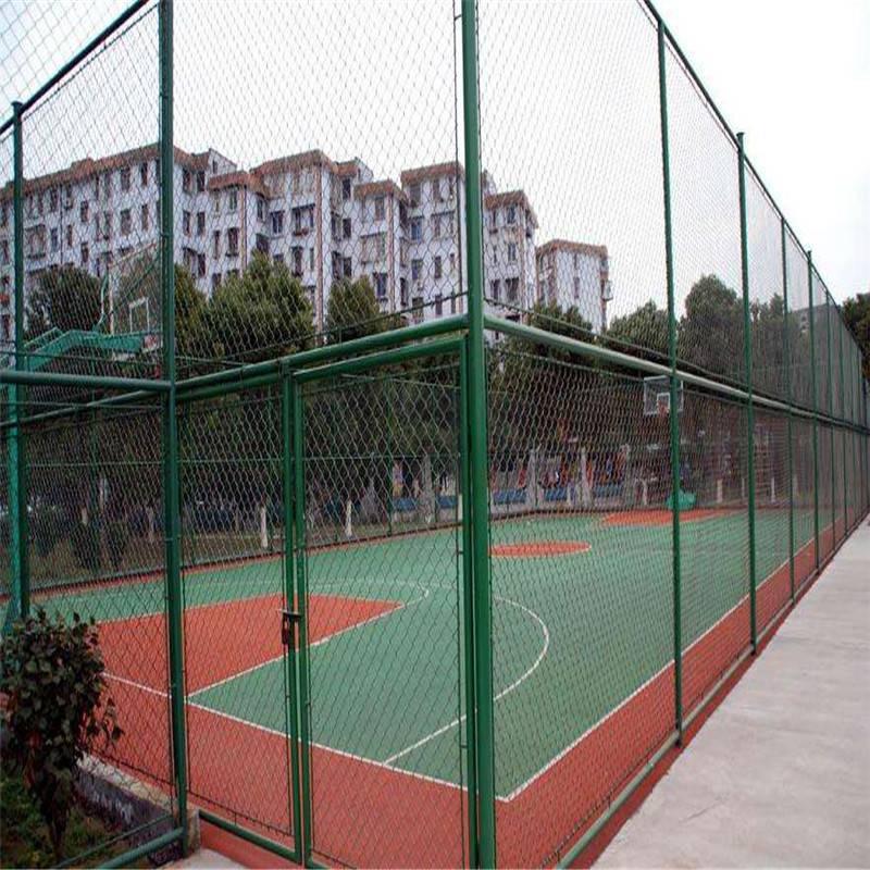 校园操场围网 包塑勾花网 训练场护栏网 羽毛球场防护网