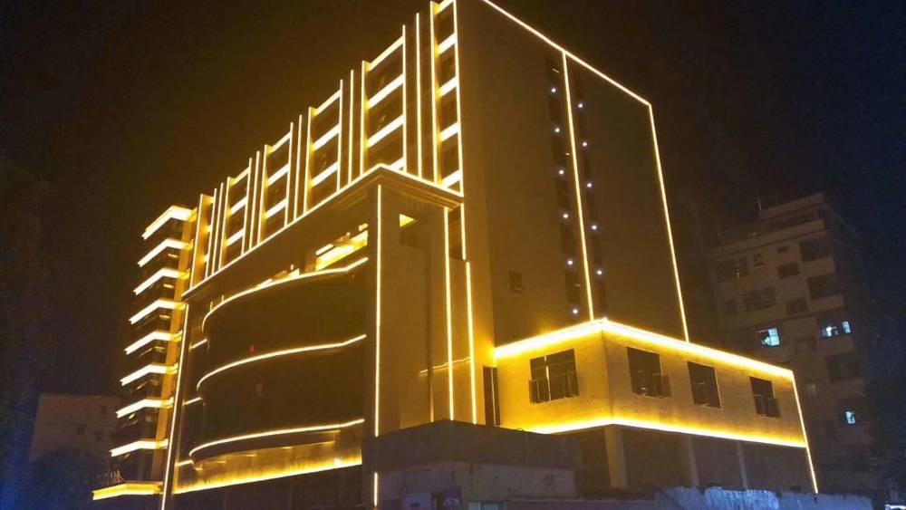 发光字招牌,灯广告灯箱,酒店亮化装饰,户外亮化工程-临沂聚亮光电