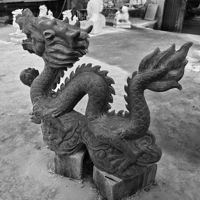 石雕生肖龍雕塑戶外鎮宅風水青石龍擺件園林景觀噴水動物噴泉曲陽萬洋雕刻廠家定做