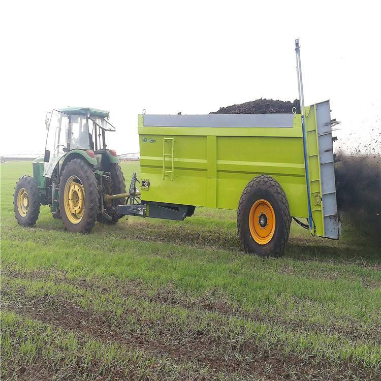 大连工厂直销牛羊粪撒粪车 有机肥抛洒车