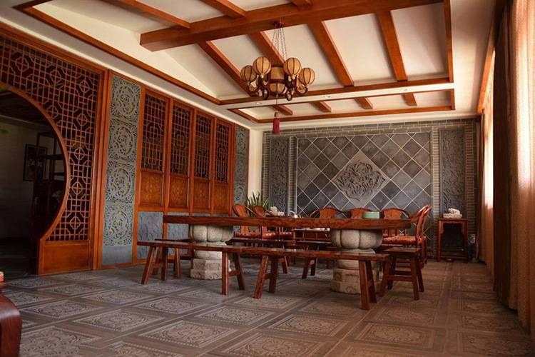 天津中式酒楼镂空铝窗花隔断屏风效果图