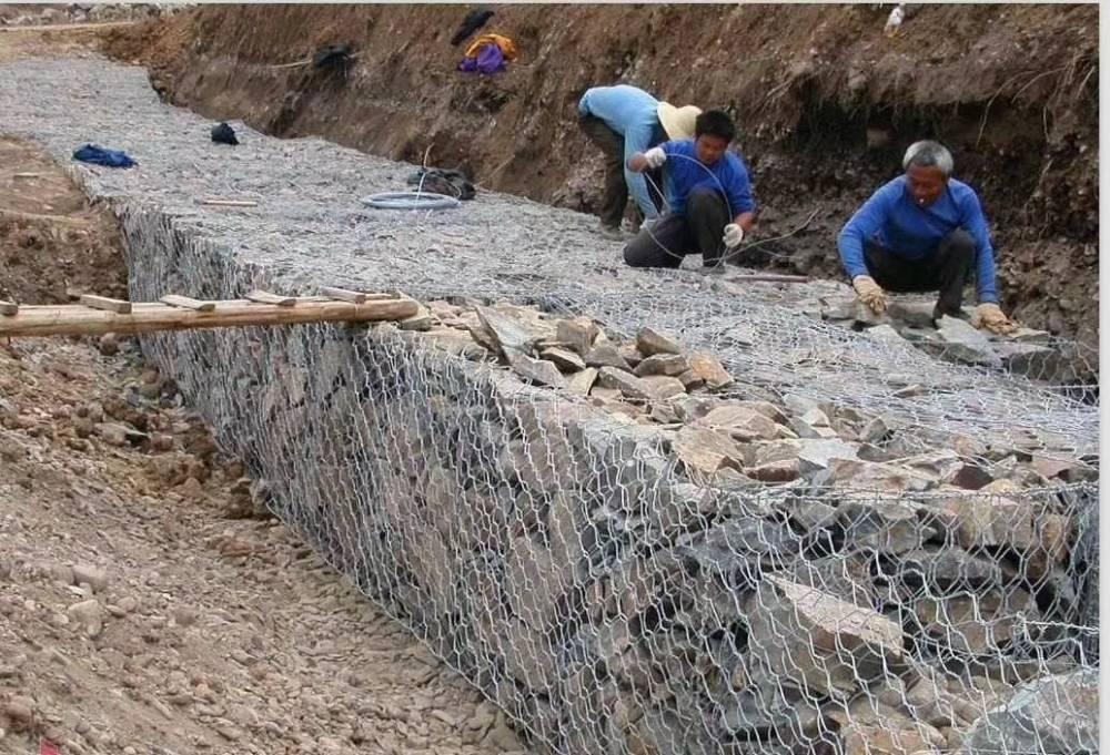 装石头网箱是这样做出来的石笼网机器编织过程