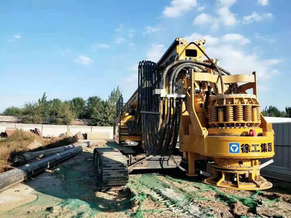 南京無限達徐工400E旋挖鉆機轉場和280旋挖鉆機施工