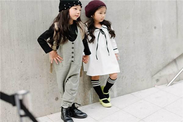 熊童品牌童装儿童内裤 莫代尔可爱动物蕾丝纯色印花图案厂家批发