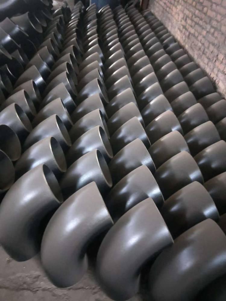 碳钢弯头厂家大量现货供应