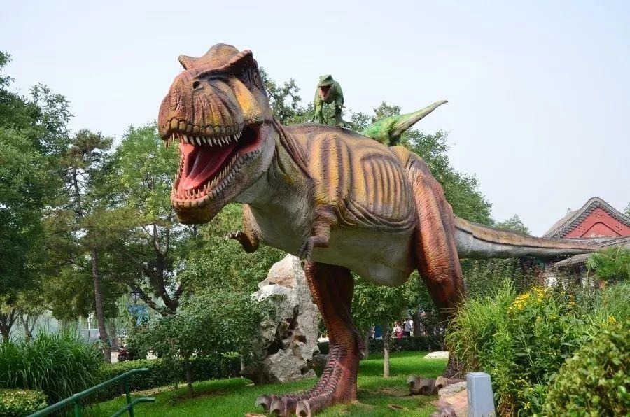 仿真恐龙 霸王龙 擒龙 腕龙 禄丰龙 巨兽龙道具出租