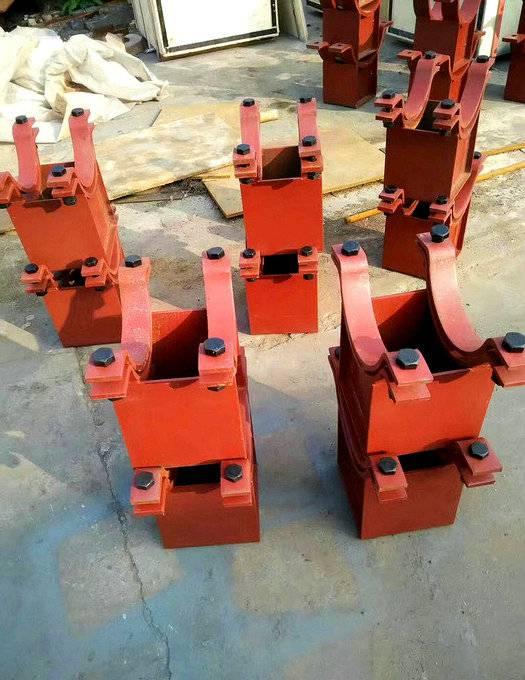 水利专用 管夹滑动支座Z3型