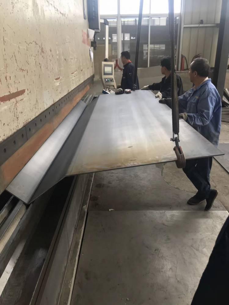 不锈钢水槽折弯_专业定制各种集水槽_水厂专用不锈钢水槽