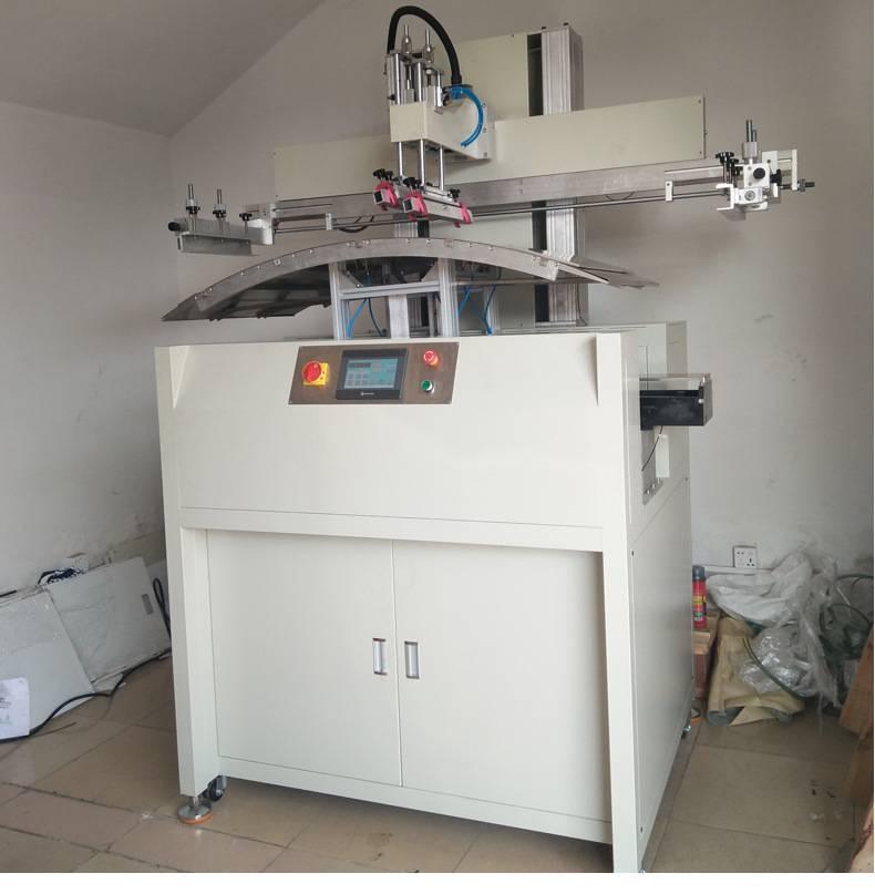 深圳玻璃杯曲面丝印机厂家伺服丝印机