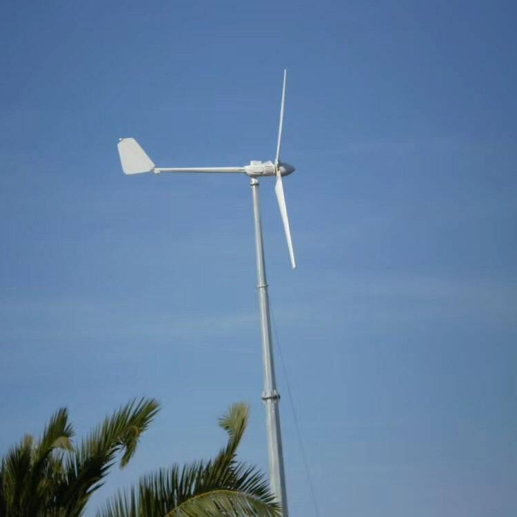 家用风力发电机220V全套工作视频