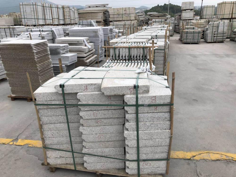 深圳芝麻灰栏杆石材石料 半成品花岗岩栏杆订制
