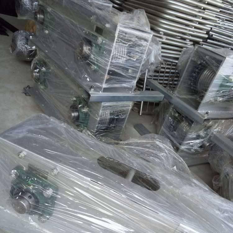 刮粪板_刮粪板304不锈钢刮粪机自动料线导尿管猪用导尿管粪尿