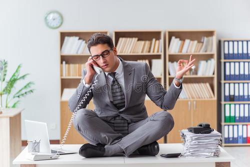 """销售员要善于""""听声""""和""""听音"""" 秒变业绩高手"""