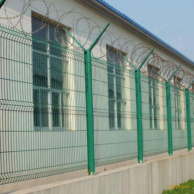 长海县草场围栏网-监狱刀片隔离栅厂家-园林围栏网价格